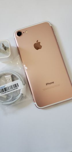 """iPhone 7, """"! Factory Unlocked..Full fresh Like new & This phone comes with accessories... for Sale in Springfield,  VA"""