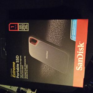 SanDisk Extreme 1TB Portable External SSD for Sale in Charlottesville, VA