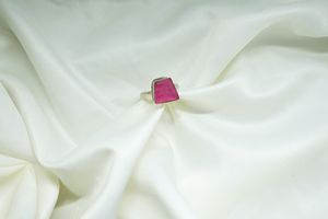 Pink moonstone ring // size 6 for Sale in Tempe, AZ