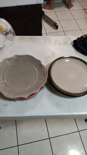 Plates for Sale in Long Beach, CA