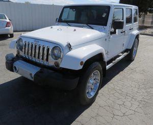 2011 Jeep Wrangler unlimited Sahara for Sale in Corona, CA