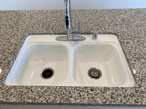 """Brand new never used 33"""" kitchen sink and faucet for Sale in Fullerton, CA"""