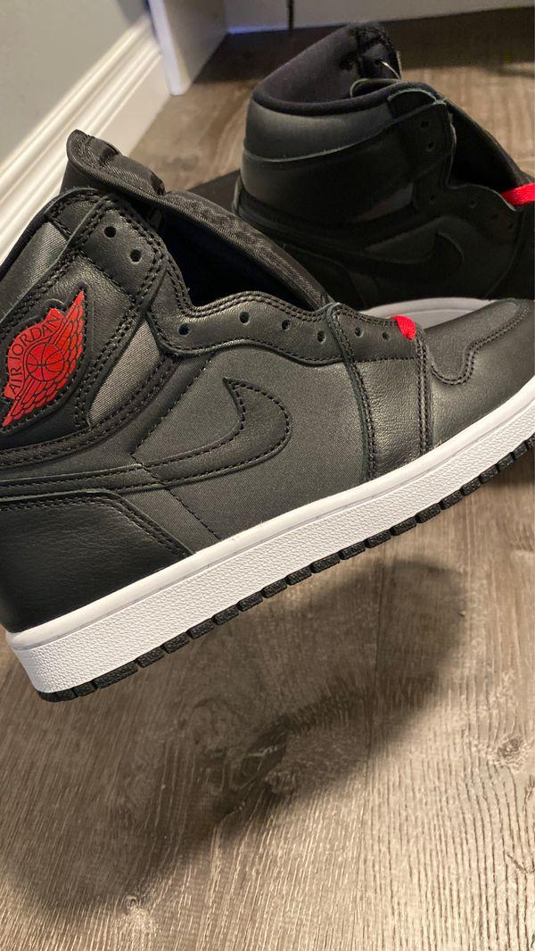 Jordan 1 Retro High Black stain Gym red