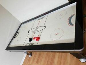 Air hockey table for Sale in Brandon, FL