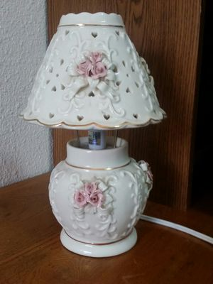 """12""""flower & heart ceramic lamp for Sale in Vancouver, WA"""
