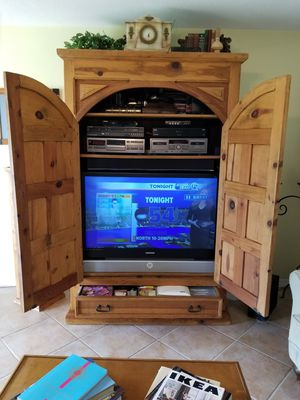Armoire for Sale in West Palm Beach, FL