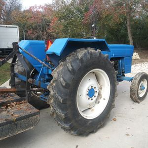 Tractor Good Condition for Sale in Houston, TX
