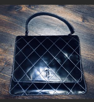 Authentic ❤️CHANEL Vintage Rare Handbag for Sale in Chula Vista, CA