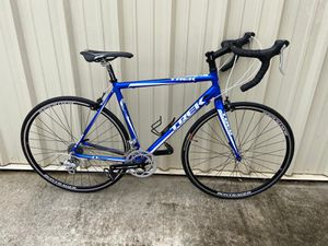 TREK ROAD BIKE for Sale in Burlington, NC