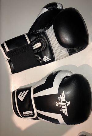 Brand new Boxing Gloves for Sale in Pismo Beach, CA