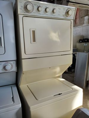 Washer and dryer Combo 27inches perfect condition beige for Sale in Hialeah, FL
