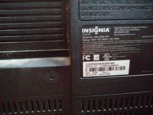 32 inch insignia tv for Sale in Boston, MA