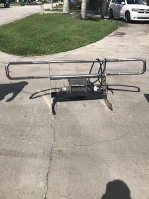Warn winch 12,500 LBS / Chrome Brush Guard for Sale in Homestead, FL