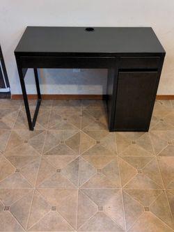 Black Ikea Desk for Sale in Lynnwood,  WA