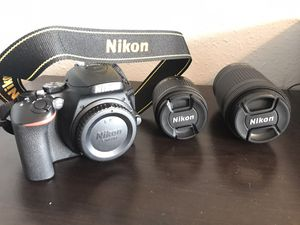 Nikon D5600 2 NIKKOR lenses, 2 rechargeable batteries, 128GB SD card for Sale in Kenmore, WA