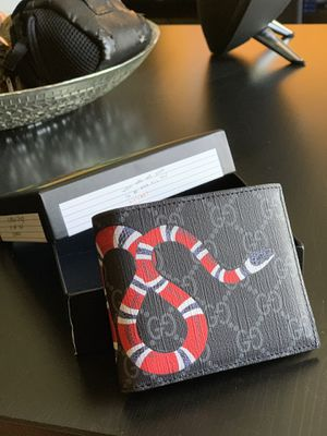 New Gucci King Snake Print Wallet for Sale in Oldsmar, FL