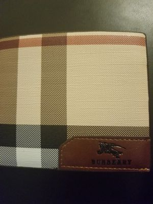 Burberry wallet for Sale in Santa Ana, CA