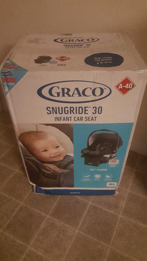 Graco snugride 30 infant car seat for Sale in Seffner, FL