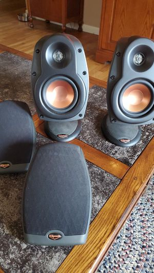 Klipsch Bookshelf Speakers for Sale in Fairview Heights, IL