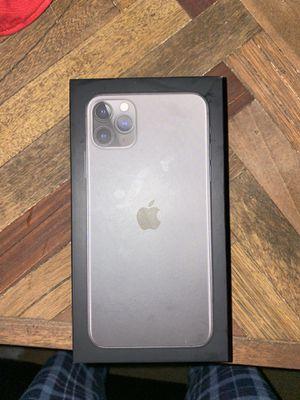 Iphone 11 max pro (256GB) READ DESCRIPTION 👇 for Sale in Yorba Linda, CA