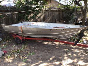 14' aluminum Gregor boat. for Sale in Sacramento, CA