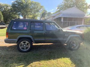 1997 Jeep cherokee XJ for Sale in Richmond, VA
