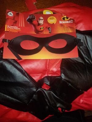 Disney Mr. Incredible Deluxe Costume / Inxredibles 2 for Sale in Downey, CA