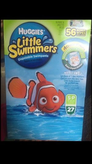 Huggies swimmer huge box for Sale in Willingboro, NJ