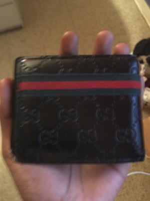 Authentic men's Gucci wallet for Sale in Washington, DC