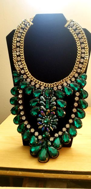 1ba6d49bddf High fashion chunky statement necklace for Sale in Philadelphia