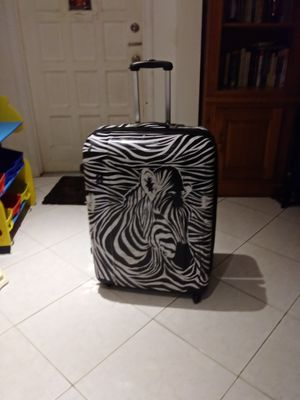 Big hard cover luggages for Sale in Pompano Beach, FL