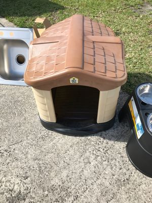 Dog house for Sale in Winter Garden, FL