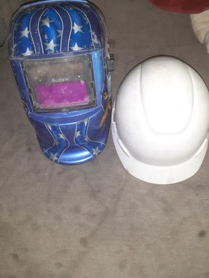 Welder helmet and harthad for Sale in Houston, TX