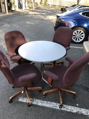 4 desk chairs and table for Sale in Fairfax, VA
