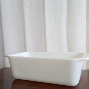 Vintage Pyrex Milk Glass Loaf Pan for Sale in Aurora, CO