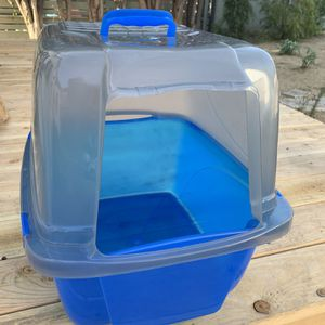 Barely Used Kitty Litter Box for Sale in Altadena, CA