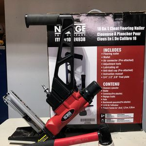 Flooring Nailer And Jack for Sale in Modesto, CA