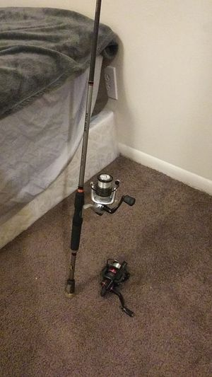 1 quantum throttle 20 spinner reel. 1 Abu Garcia silver max 40 spinner reel with lews signature speedstick 6.5ft rod for Sale for sale  Cleveland, TX