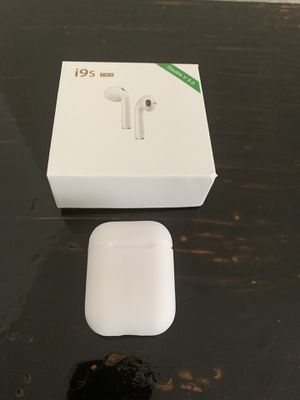 Wireless Bluetooth headphones for Sale in Riverview, FL