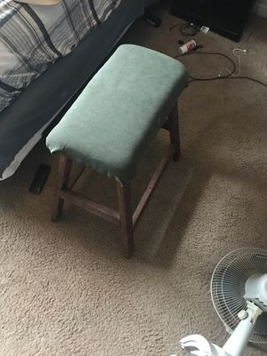 Wooden stool for Sale in Federal Way, WA