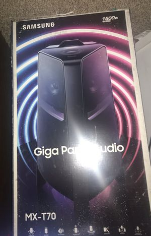 Samsung - Sound Tower Powered Wireless Speaker- Black for Sale in St. Louis, MO