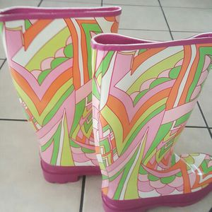 Raining Boots For Women Size 9 for Sale in Renton, WA