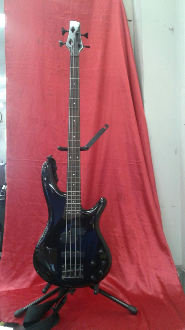Ibanez Sound Gear Bass Guitar