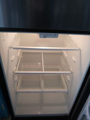 Stainless Refrigerator for Sale in Cleveland, OH