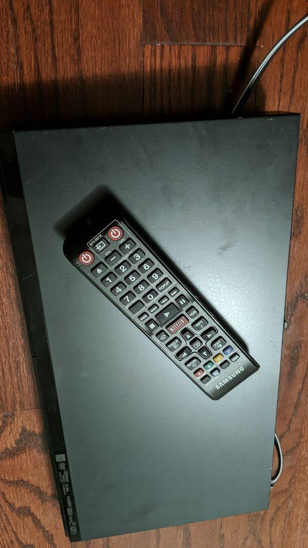 Samsung Blu-ray disc player BD-E5700