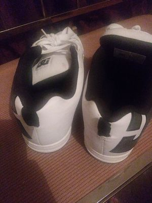DC Black/White Sneakers for Sale in Saint Helena Island, SC