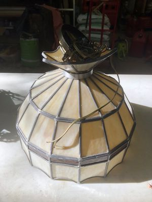 Tiffany style lamp for Sale in Eagle River, WI