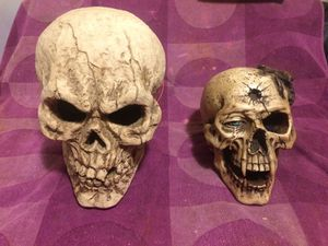 Lot of 2 Halloween decorations or movie prop skulls for Sale in New York, NY