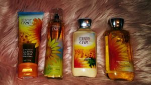Bath and Body Works Country chic for Sale in Phoenix, AZ