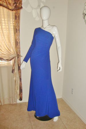 (FREE DELIVERY) dark blue prom dress/gown (size 4) for Sale in North Las Vegas, NV